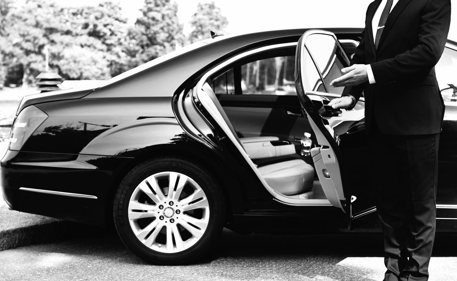 8 Reasons To Become a Private Hire Taxi Driver