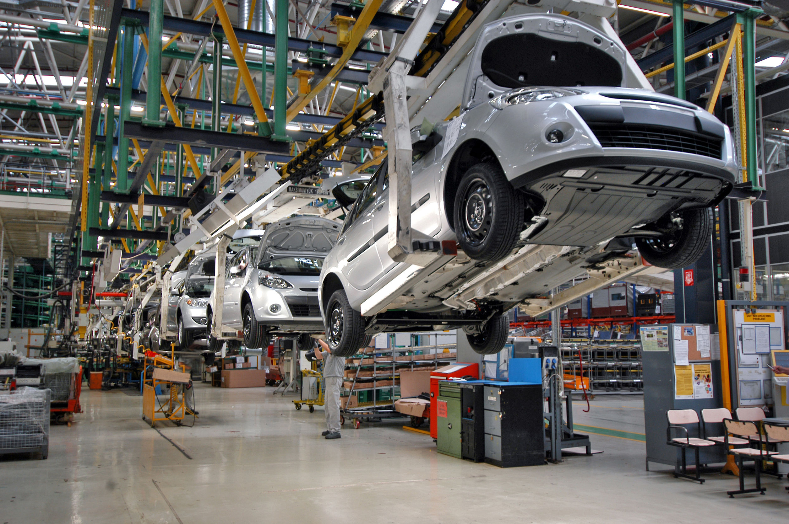 Trade Body Warns 1 in 6 UK Car Industry Jobs Could Be Lost