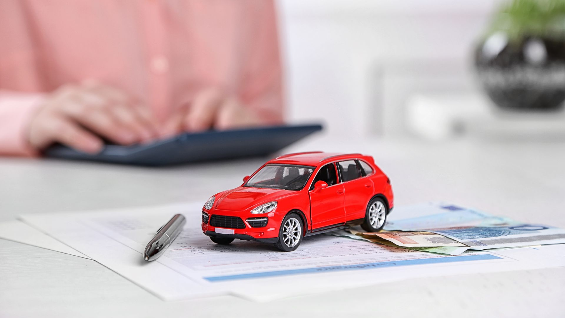 Largest Quarterly Drop for UK Car Insurance Premiums Since 2018