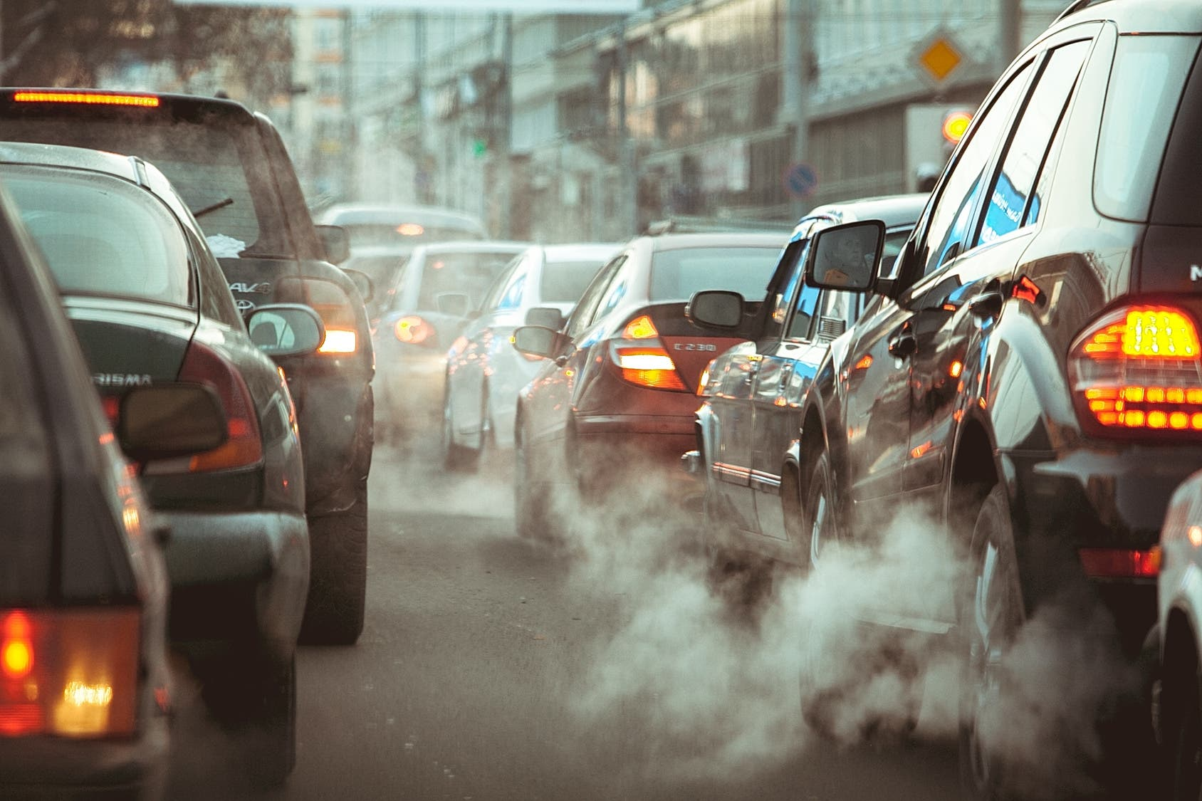Campaigners want Ads for Polluting SUVs to be Banned